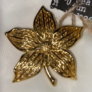 Flower Gold Tone Brooch